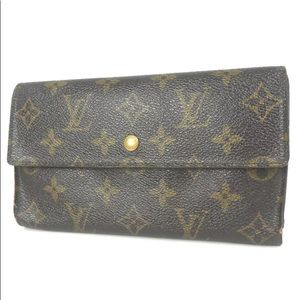 LOUIS VUITTON Portefeiulle International purse